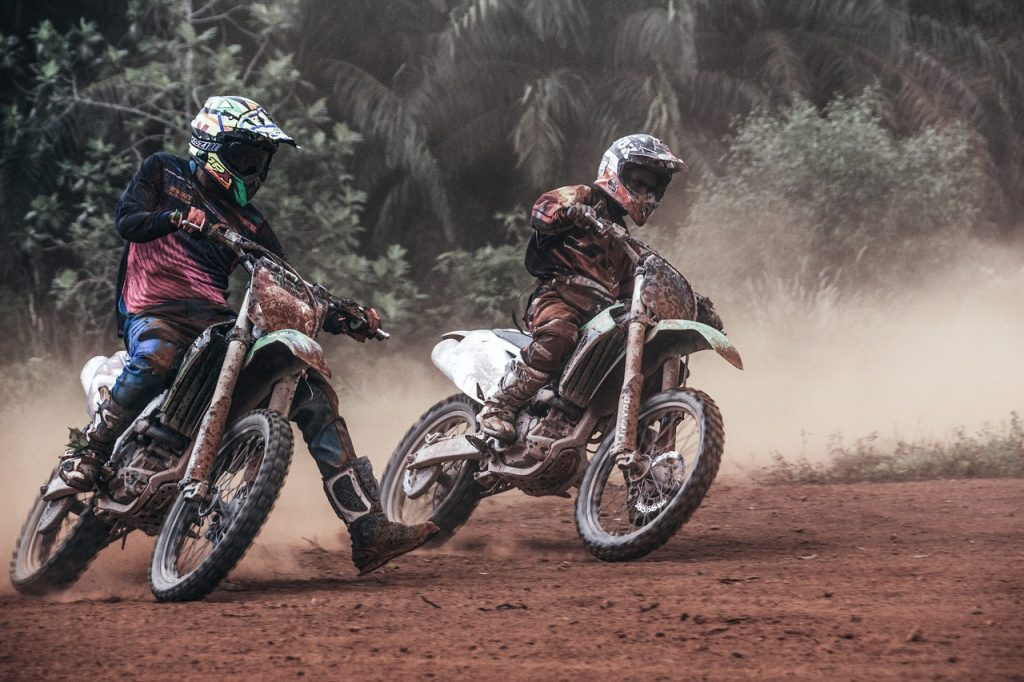 cascos de motocross para mujer competencia